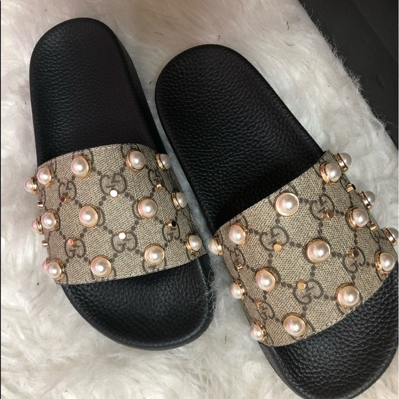 0ead13aa8ce Gucci Shoes - Gucci pearl slides size 7